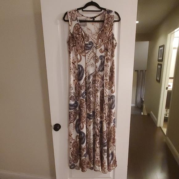Sami & Jo Dresses & Skirts - Sami & Jo paisley maxi dress